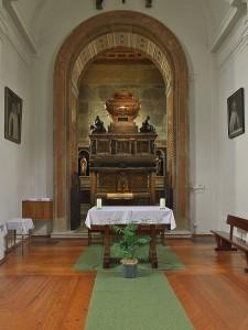 Sepulcro_de_San_Juan_de_la_Cruz._Segovia